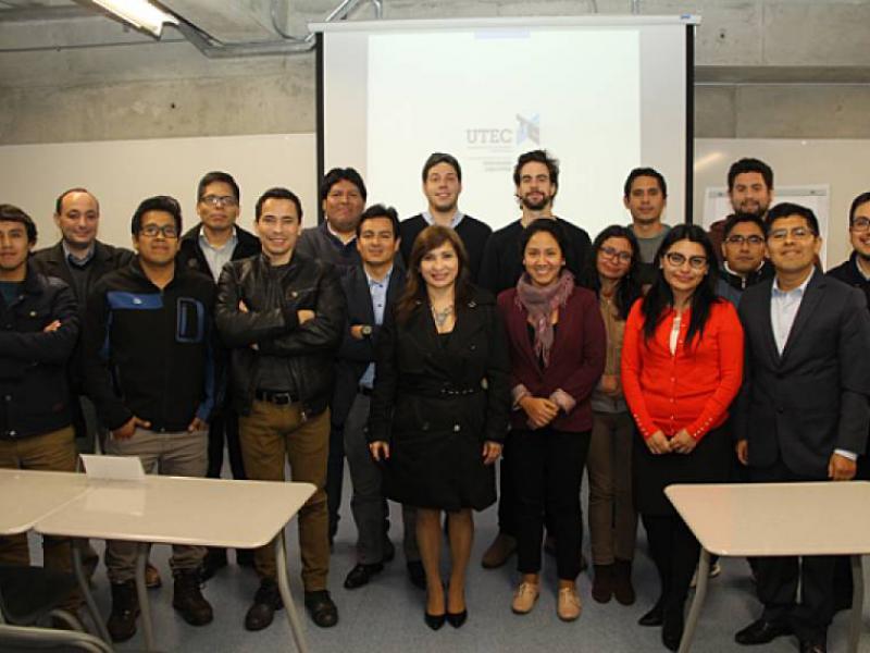 Programa Internacional en Gestión de Gas y Petróleo, Formación