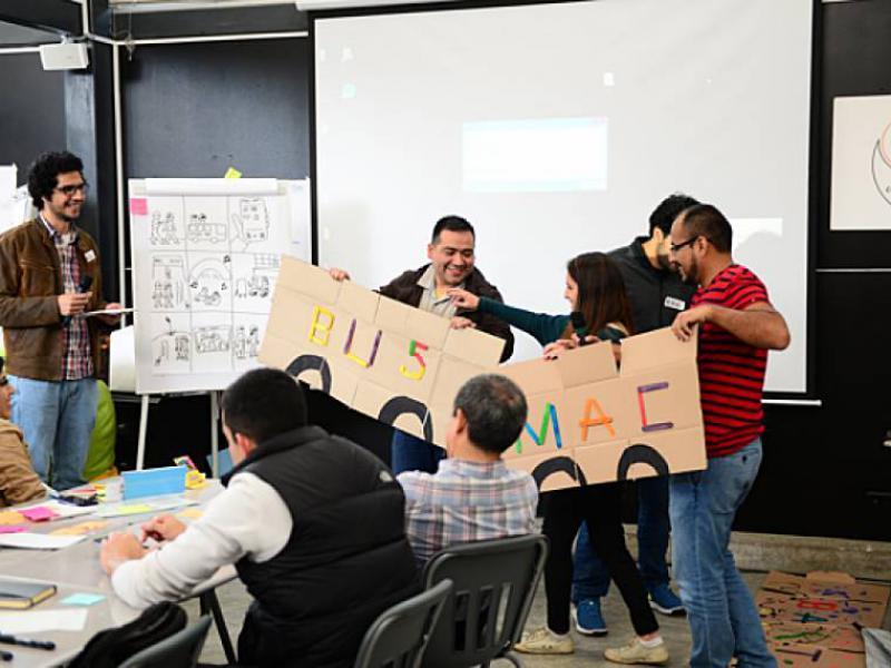 """Estimular el surgimiento de ideas a través del """"design thinking"""""""